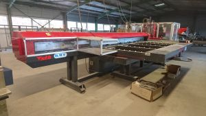 Centre fabrication chassis aluminium menuiserie occasion